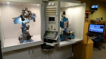 Gyémántkéses CNC véső és maró gépek karikagyűrű mintázáshoz.jpg